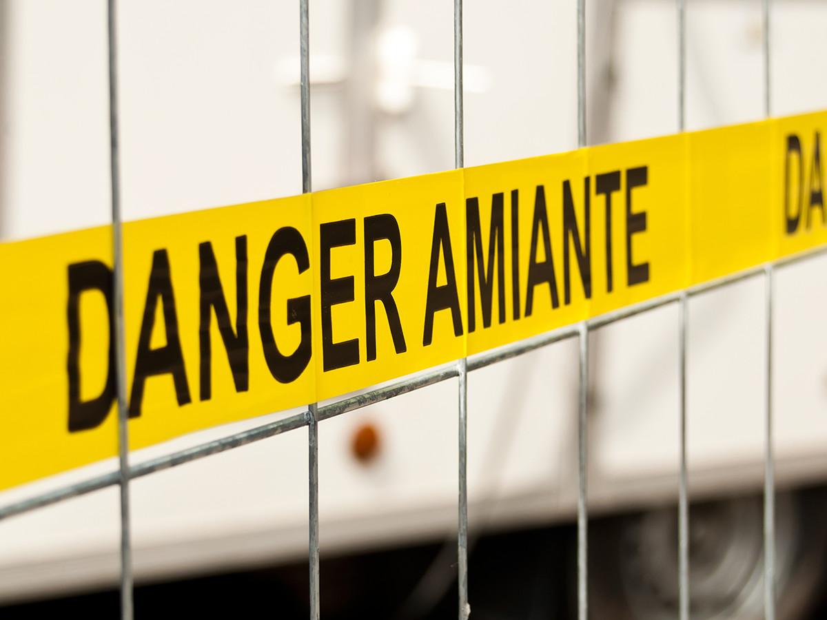 Traitement d amiante et d samiantage issoire pr s de brioude for Cout d un desamiantage